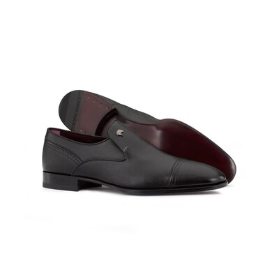 Calfskin leather dress shoe N999 Size: 9½