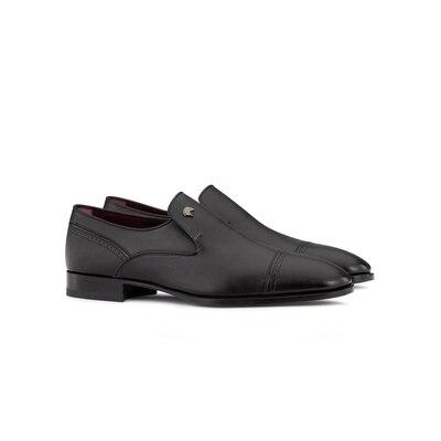 Calfskin leather dress shoe N999 Size: 7