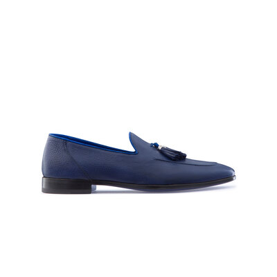 Calfskin leather tassel loafers Colour: B055 Size: 7