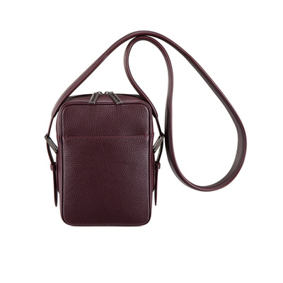 Calfskin leather messenger bag Colour: R015 Size: One Size